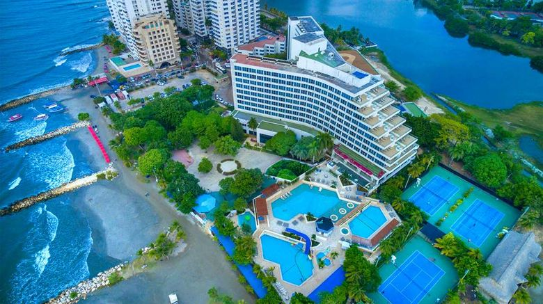 """Hilton Cartagena Hotel Exterior. Images powered by <a href=""""http://web.iceportal.com"""" target=""""_blank"""" rel=""""noopener"""">Ice Portal</a>."""