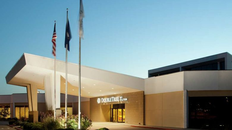 """Doubletree Hotel Cincinnati Airport Exterior. Images powered by <a href=""""http://web.iceportal.com"""" target=""""_blank"""" rel=""""noopener"""">Ice Portal</a>."""
