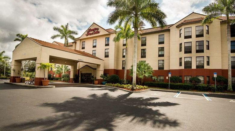 """Hampton Inn  and  Suites Fort Myers Beach Exterior. Images powered by <a href=""""http://web.iceportal.com"""" target=""""_blank"""" rel=""""noopener"""">Ice Portal</a>."""