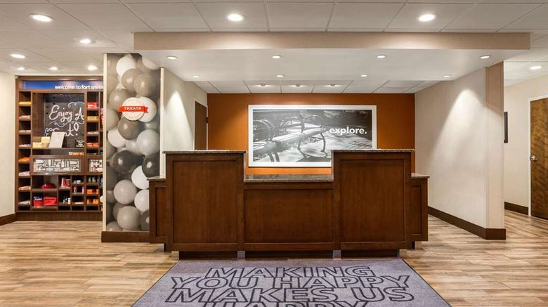 """<b>Hampton Inn Fort Smith Lobby</b>. Images powered by <a href=""""https://iceportal.shijigroup.com/"""" title=""""IcePortal"""" target=""""_blank"""">IcePortal</a>."""