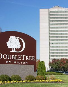 Doubletree Hotel Overland Park