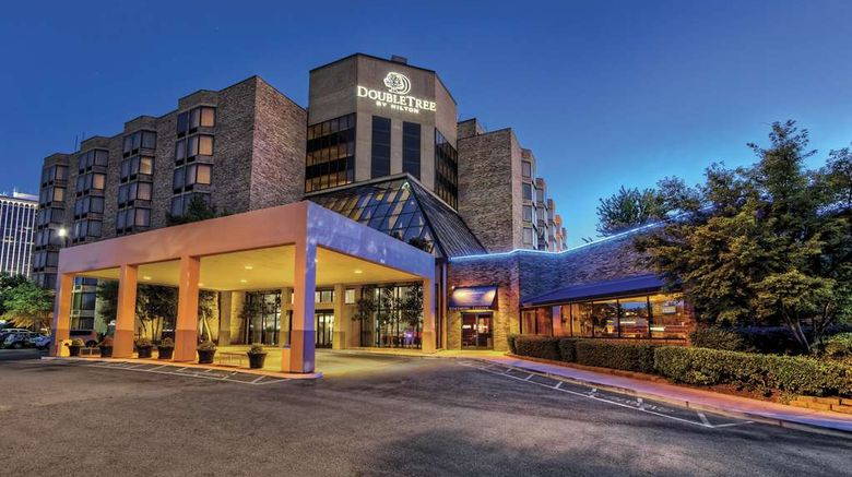 """DoubleTree by Hilton Memphis Exterior. Images powered by <a href=""""http://web.iceportal.com"""" target=""""_blank"""" rel=""""noopener"""">Ice Portal</a>."""