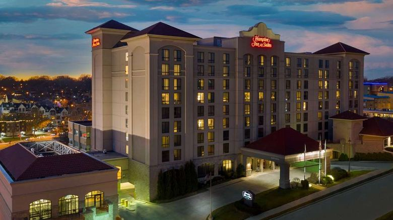 """Hampton Inn  and  Suites Country Club Plaza Exterior. Images powered by <a href=""""http://web.iceportal.com"""" target=""""_blank"""" rel=""""noopener"""">Ice Portal</a>."""