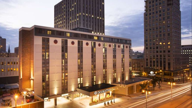 """DoubleTree by Hilton Milwaukee Downtown Exterior. Images powered by <a href=""""http://web.iceportal.com"""" target=""""_blank"""" rel=""""noopener"""">Ice Portal</a>."""