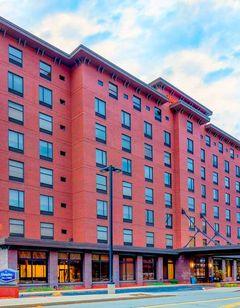 Hampton Inn & Suites Pittsburgh-Downtown