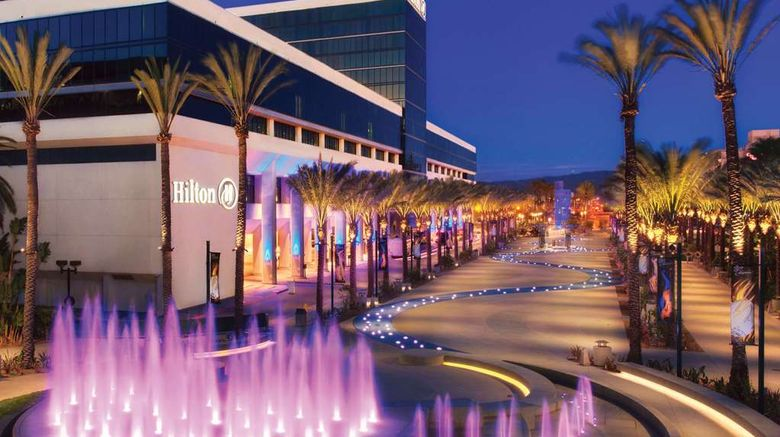"""Hilton Anaheim Exterior. Images powered by <a href=""""http://web.iceportal.com"""" target=""""_blank"""" rel=""""noopener"""">Ice Portal</a>."""