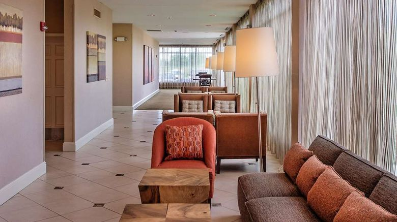 """Hilton Garden Inn St Louis Airport Exterior. Images powered by <a href=""""http://web.iceportal.com"""" target=""""_blank"""" rel=""""noopener"""">Ice Portal</a>."""