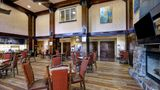 Hampton Inn & Suites Truckee Lobby
