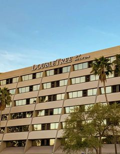 Doubletree Guest Suites Tampa Bay