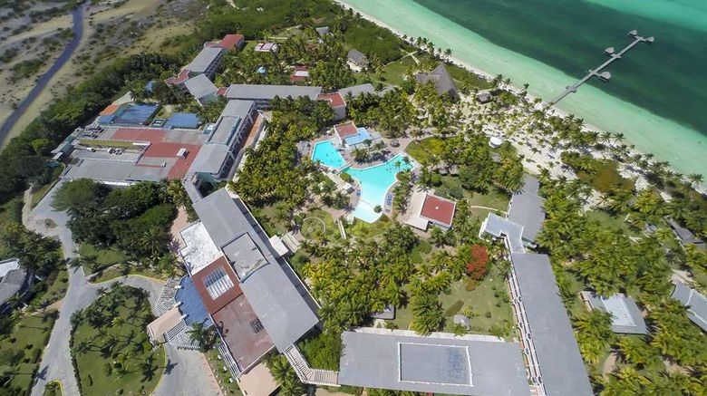 """Melia Cayo Guillermo Exterior. Images powered by <a href=""""http://web.iceportal.com"""" target=""""_blank"""" rel=""""noopener"""">Ice Portal</a>."""