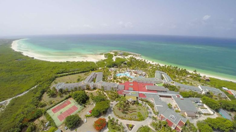 """Sol Cayo Coco Exterior. Images powered by <a href=""""http://web.iceportal.com"""" target=""""_blank"""" rel=""""noopener"""">Ice Portal</a>."""