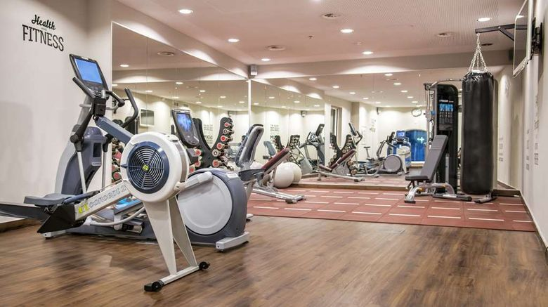 """<b>Hilton Brussels Grand Place Health</b>. Images powered by <a href=""""https://iceportal.shijigroup.com/"""" title=""""IcePortal"""" target=""""_blank"""">IcePortal</a>."""