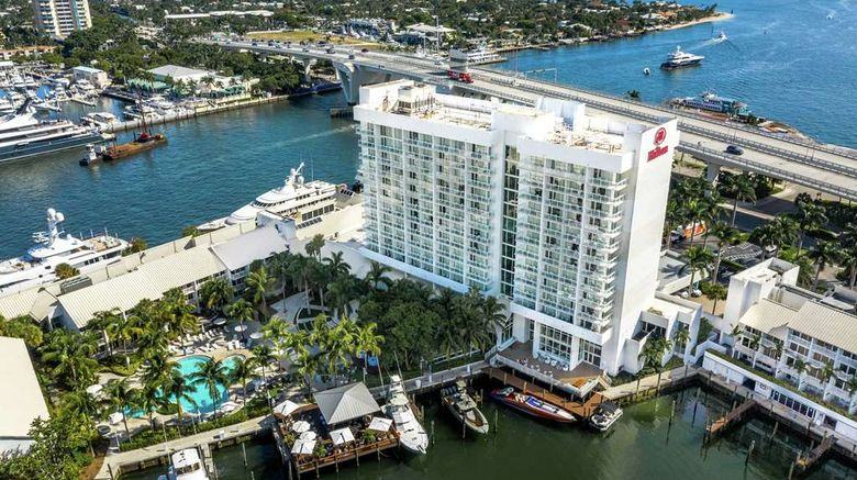 """Hilton Fort Lauderdale Marina Exterior. Images powered by <a href=""""http://web.iceportal.com"""" target=""""_blank"""" rel=""""noopener"""">Ice Portal</a>."""