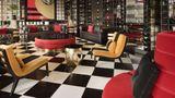 Ramada Hotel & Suites Istanbul Sisli Lobby