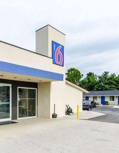 Motel 6 Troutville