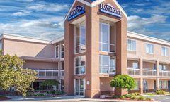 Baymont Inn & Suites Madison Heights