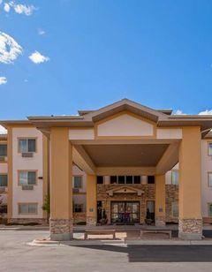 Best Western Plus Fossil Country Inn