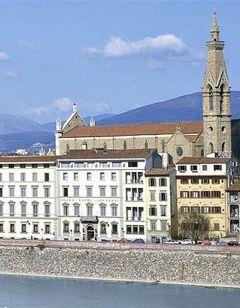 Plaza Hotel Lucchesi