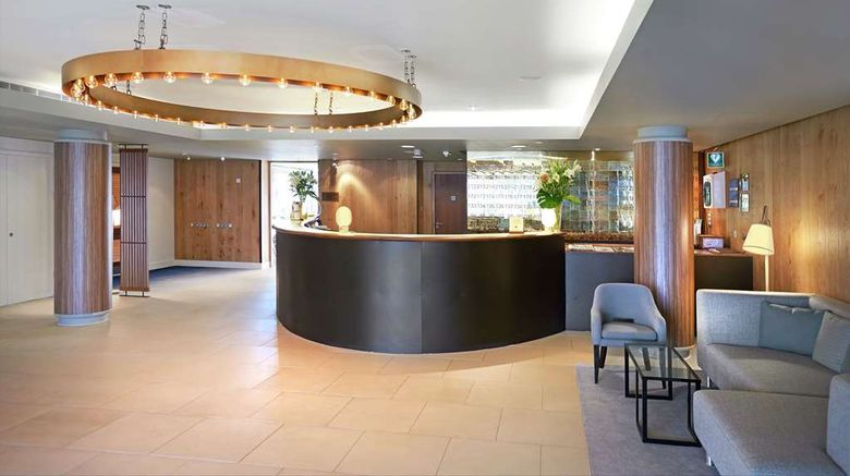 """<b>DoubleTree by Hilton London ExCeL Lobby</b>. Images powered by <a href=""""https://iceportal.shijigroup.com/"""" title=""""IcePortal"""" target=""""_blank"""">IcePortal</a>."""