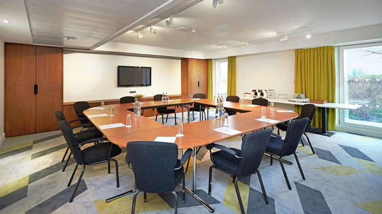 """<b>DoubleTree by Hilton London ExCeL Meeting</b>. Images powered by <a href=""""https://iceportal.shijigroup.com/"""" title=""""IcePortal"""" target=""""_blank"""">IcePortal</a>."""