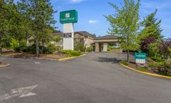 Guesthouse Inn and Suites Poulsbo
