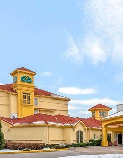La Quinta Inn & Suites Airport
