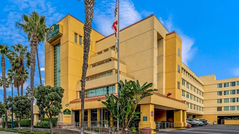 """La Quinta Inn  and  Suites Anaheim Exterior. Images powered by <a href=""""http://web.iceportal.com"""" target=""""_blank"""" rel=""""noopener"""">Ice Portal</a>."""