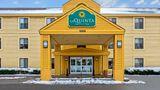 La Quinta Inn & Suites South Burlington Exterior
