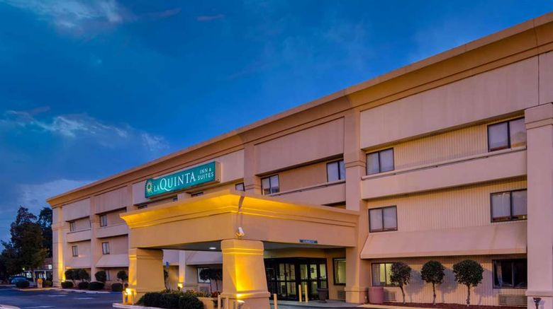 """La Quinta Inn Savannah Exterior. Images powered by <a href=""""http://web.iceportal.com"""" target=""""_blank"""" rel=""""noopener"""">Ice Portal</a>."""