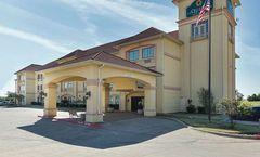 La Quinta Inn & Suites Alvarado