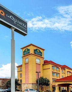 La Quinta Inn & Suites Bedford