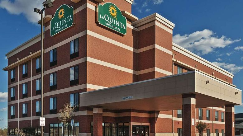 """La Quinta Inn  and  Suites Edmond Exterior. Images powered by <a href=""""http://web.iceportal.com"""" target=""""_blank"""" rel=""""noopener"""">Ice Portal</a>."""