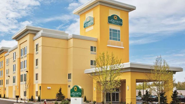"""La Quinta Inn  and  Suites Bellingham Exterior. Images powered by <a href=""""http://web.iceportal.com"""" target=""""_blank"""" rel=""""noopener"""">Ice Portal</a>."""