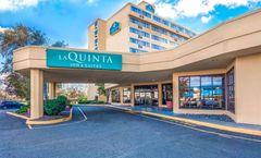 La Quinta Inn & Suites Meadowlands