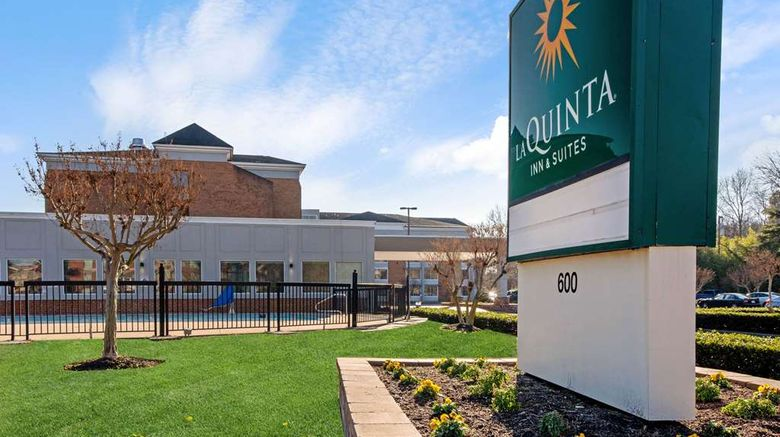 """La Quinta Inn  and  Suites Historic Area Exterior. Images powered by <a href=""""http://web.iceportal.com"""" target=""""_blank"""" rel=""""noopener"""">Ice Portal</a>."""