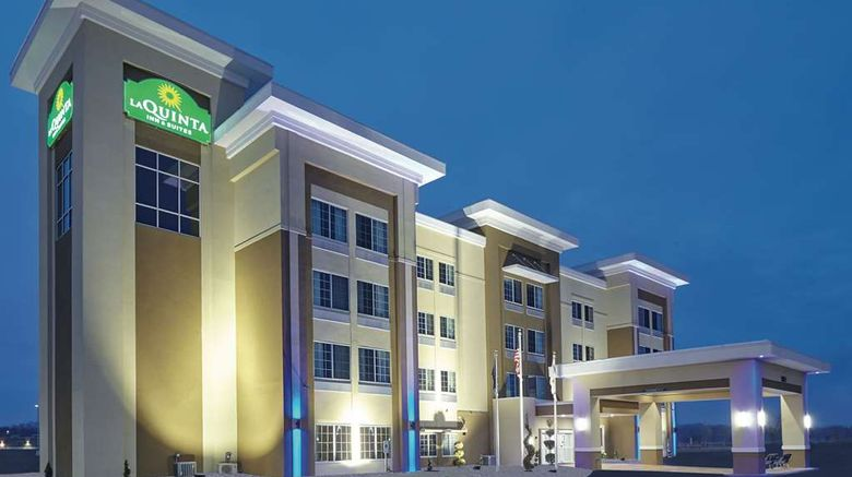"""La Quinta Inn  and  Suites Springfield Exterior. Images powered by <a href=""""http://web.iceportal.com"""" target=""""_blank"""" rel=""""noopener"""">Ice Portal</a>."""