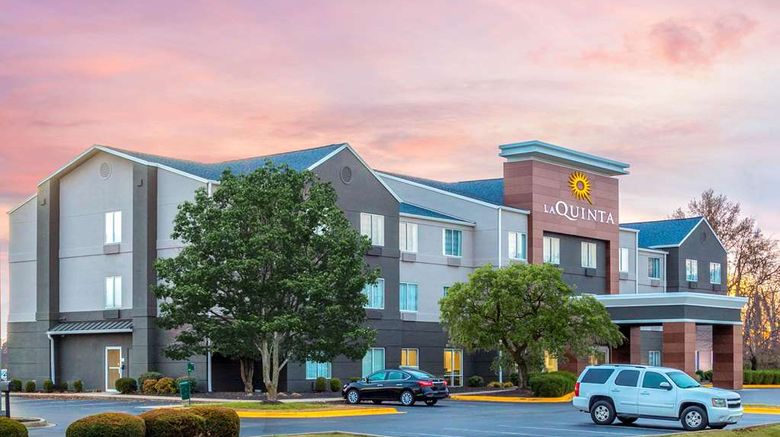 """La Quinta Inn  and  Suites Hopkinsville Exterior. Images powered by <a href=""""http://web.iceportal.com"""" target=""""_blank"""" rel=""""noopener"""">Ice Portal</a>."""