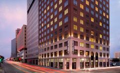 Hampton Inn & Suites Dallas Downtown