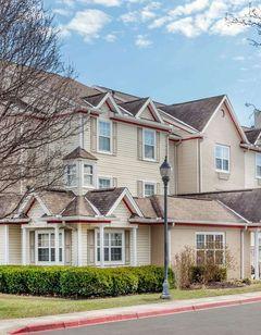 Hawthorn Suites Louisville North