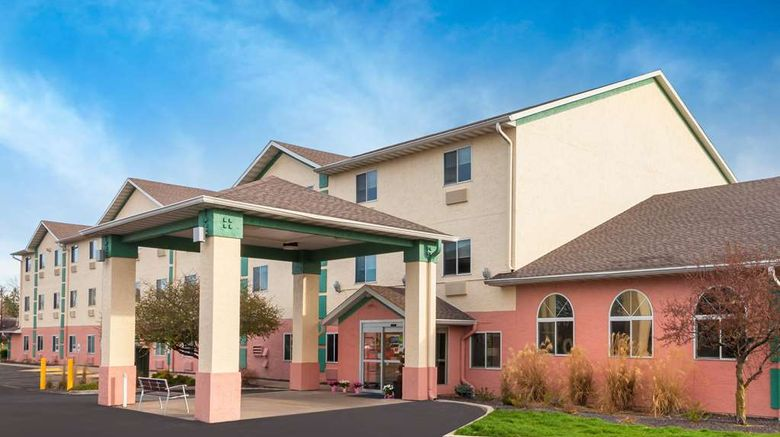 """Baymont Inn  and  Suites Galesburg Exterior. Images powered by <a href=""""http://web.iceportal.com"""" target=""""_blank"""" rel=""""noopener"""">Ice Portal</a>."""