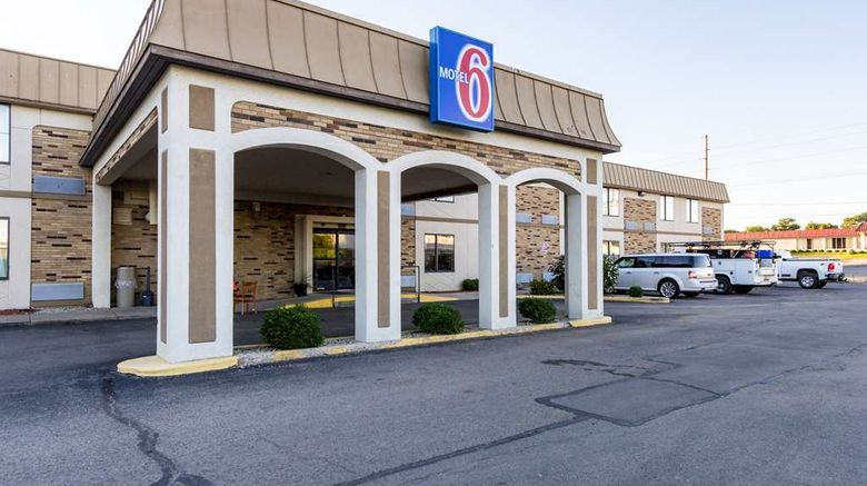 """Motel 6 Springfield Exterior. Images powered by <a href=""""http://web.iceportal.com"""" target=""""_blank"""" rel=""""noopener"""">Ice Portal</a>."""