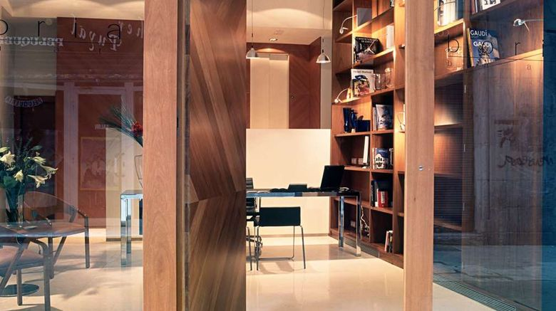 """Mercer House Boria BCN Lobby. Images powered by <a href=""""http://web.iceportal.com"""" target=""""_blank"""" rel=""""noopener"""">Ice Portal</a>."""