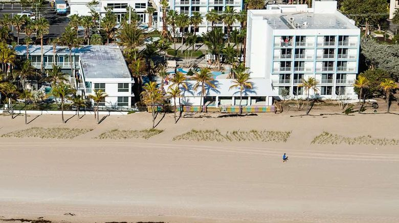 """Plunge Beach Hotel Exterior. Images powered by <a href=""""http://web.iceportal.com"""" target=""""_blank"""" rel=""""noopener"""">Ice Portal</a>."""