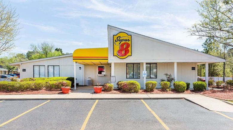 """Super 8 Aberdeen Southern Pines Exterior. Images powered by <a href=""""http://web.iceportal.com"""" target=""""_blank"""" rel=""""noopener"""">Ice Portal</a>."""