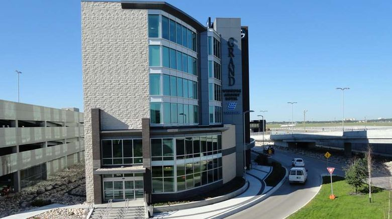 """The Grand Winnipeg Airport Hotel Exterior. Images powered by <a href=""""http://web.iceportal.com"""" target=""""_blank"""" rel=""""noopener"""">Ice Portal</a>."""
