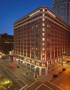 Embassy Suites Minneapolis Downtown