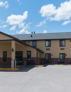 Baymont Inn & Suites, Pierre