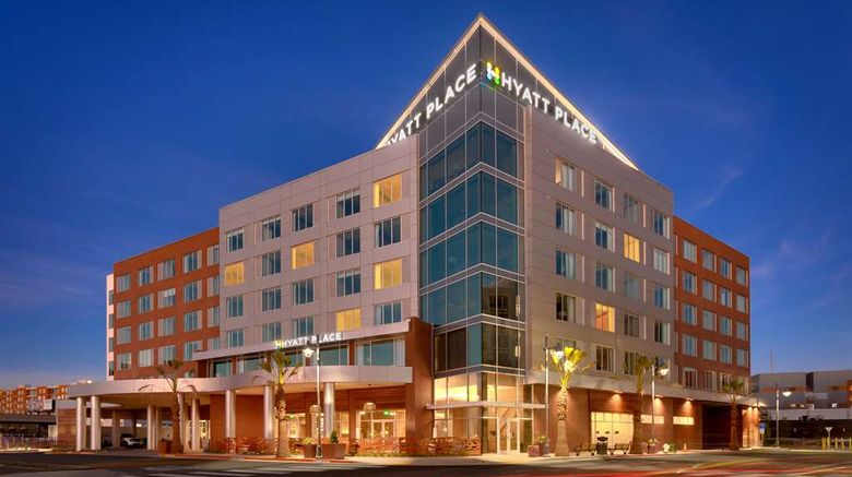 """Hyatt Place Emeryville/San Francisco Bay Exterior. Images powered by <a href=""""http://web.iceportal.com"""" target=""""_blank"""" rel=""""noopener"""">Ice Portal</a>."""