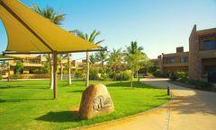 Golden Tulip Sharma Resort