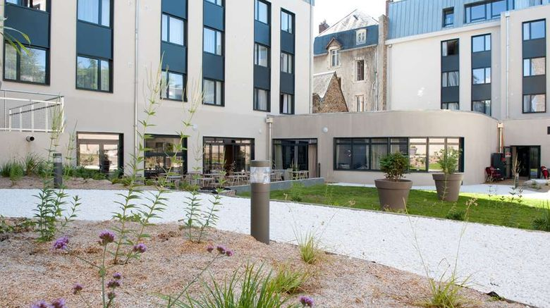 """<b>Campanile Limoges Centre-Gare Exterior</b>. Images powered by <a href=""""https://iceportal.shijigroup.com/"""" title=""""IcePortal"""" target=""""_blank"""">IcePortal</a>."""